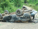 Lật xe chở gỗ lậu, 2 người đàn ông bị đè chết tại chỗ