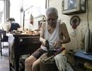 Người thợ kim hoàn hiếm hoi còn lại trên phố nghề vàng bạc Hà Nội