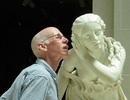 """Chùm ảnh đầy hài hước khi những bức tượng trở thành """"diễn viên bất đắc dĩ"""""""