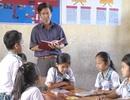Thầy giáo gần 40 năm gắn bó với giáo dục vùng dân tộc Khmer