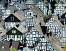 """Đến thị trấn """"trăm căn nhà giống nhau như một"""", hoa mắt nhìn mãi không ra"""