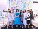 Angela Phương Trinh khoe eo con kiến, nổi bần bật bên các fashionista Hà Thành