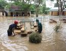 Nghệ An: Nhói lòng nhìn nước lũ dâng nhấn chìm ngôi trường đầu năm học mới