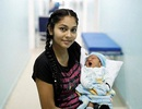 """""""Quay cuồng"""" vì khủng hoảng kinh tế , phụ nữ Venezuela đổ xô vượt biên để sinh con"""
