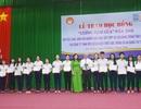 Trao học bổng Lương Định Của đến học sinh, sinh viên nghèo