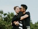 Phan Hiển và Khánh Thi trao nhau nụ hôn ngọt ngào sau tin đồn lục đục