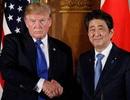 """Mối quan hệ """"nóng lạnh thất thường"""" của ông Trump và Abe"""