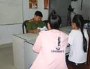 """2 thiếu nữ """"vỡ mộng"""" lấy chồng Trung Quốc, tìm đường trốn về Việt Nam"""