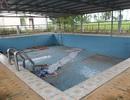 Bể bơi hơn 700 triệu đồng bỏ không 4 năm, phụ huynh bức xúc