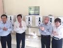 Trang bị hàng trăm máy lọc nước mới cho 27 trường học ở Long An