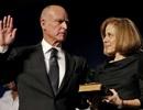 Lối sống giản dị của Thống đốc được trả lương cao nhất nước Mỹ