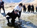 """Chai """"nước thiêng"""" chứa đựng khát vọng thống nhất của Tổng thống Hàn Quốc"""