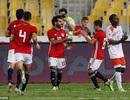 Mohamed Salah ghi 2 bàn, đá trượt 2 quả phạt đền