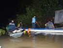 Đang nỗ lực tìm kiếm cháu bé 3 tuổi bị ngã dưới sông
