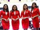 """Hành khách bức xúc vì nữ tiếp viên Malaysia hở """"bạo"""""""
