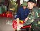 Quy tập, cất bốc 11 hài cốt liệt sĩ ở gần bờ sông Thạch Hãn