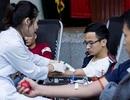 Cứu người bệnh, dân Hà Nội xếp hàng chờ hiến máu