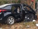 Vụ tai nạn ô tô 5 người thương vong: Do xe con lấn làn?