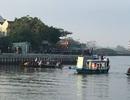 Ô tô lao xuống sông, 3 người trong gia đình du khách Hà Nội mất tích