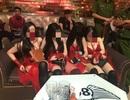 Nhóm vũ nữ múa khiêu dâm trong quán bar ở Sài Gòn