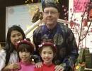 Ông bố Mỹ hát tiếng Việt cùng con gái mừng Tết Kỷ Hợi