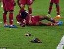 Hành động cực xấu của CĐV UAE trong trận đấu với Qatar