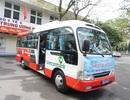 Bệnh viện đưa xe miễn phí và tặng quà cho bệnh nhân nghèo về Tết
