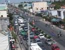 Kẹt xe kéo dài, phương tiện chờ cả tiếng để qua cầu Rạch Miễu