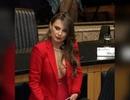 """Nữ nghị sĩ Brazil gây """"bão"""" mạng vì quá nóng bỏng"""