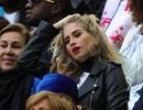 """Bạn gái cầu thủ MU và PSG """"đại chiến"""" nhan sắc trước cuộc đấu ở Old Trafford"""
