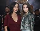 Con gái Catherine Zeta-Jones xinh đẹp như mẹ