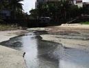 Lấy mẫu nước truy nguyên nhân bờ biển Đà Nẵng đen ngòm sau Tết