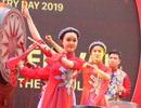 Đông đảo du khách đến với Ngày thơ Việt Nam