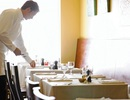 Ăn chặn tiền boa của nhân viên, chủ nhà hàng chịu phạt 23 tỷ đồng