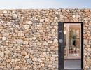 """Chiêm ngưỡng ngôi nhà đá xếp chồng """"lạ đời"""" ở Tây Ban Nha"""