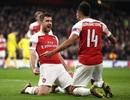 """Arsenal ngược dòng thành công, Chelsea giành chiến thắng """"rửa mặt"""""""