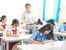 Chung lớp, chung phòng thi: Khó tránh tiêu cực
