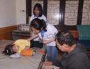 Chuyện về những tình nguyện viên áo blouse trắng thành Vinh