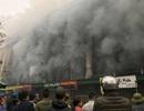 Cháy lớn tại trung tâm thương mại, tiểu thương hoảng loạn sơ tán tài sản