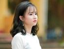 Cô giáo thực tập xinh đẹp có khuôn mặt trẻ thơ