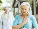 Hẹp van động mạch chủ có nguy hiểm không và người bệnh cần phải làm gì?