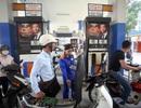 Thất thoát hàng chục nghìn tỷ vì tham nhũng; Xăng dầu tăng giá mạnh cuối tuần