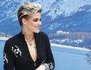 Kristen Stewart nổi bật trong show của Chanel, người mẫu rơi lệ trên sàn catwalk