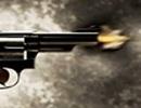 Hà Nội: Va chạm giao thông, mang súng ra bắn