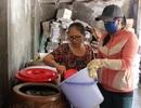Phú Yên: Phụ nữ ở làng nước mắm truyền thống giúp nhau khởi nghiệp