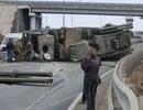 Lá chắn phòng không Pantsir-S1 của Nga lật nhào trên đường cao tốc