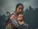Bức chân dung mẹ con dân tộc H'Mông đạt giải thưởng nhiếp ảnh quốc tế danh giá
