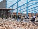 Khởi tố vụ sập tường làm 6 người chết