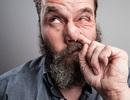 """Mọi người nên ngoáy mũi và ăn """"gỉ mũi""""?"""