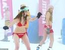 Những cô gái bốc lửa diện bikini trượt tuyết dưới nền nhiệt 0 độ C